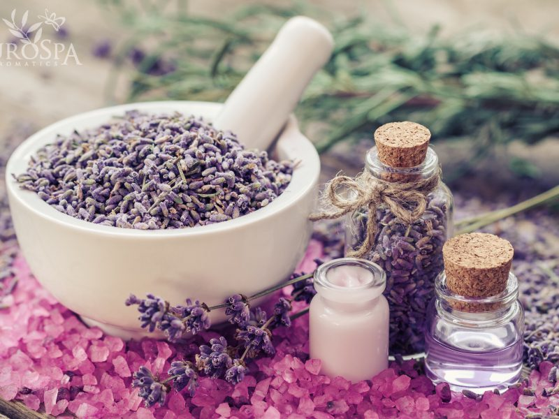 The 4 Essential Oils Your Skin is Craving